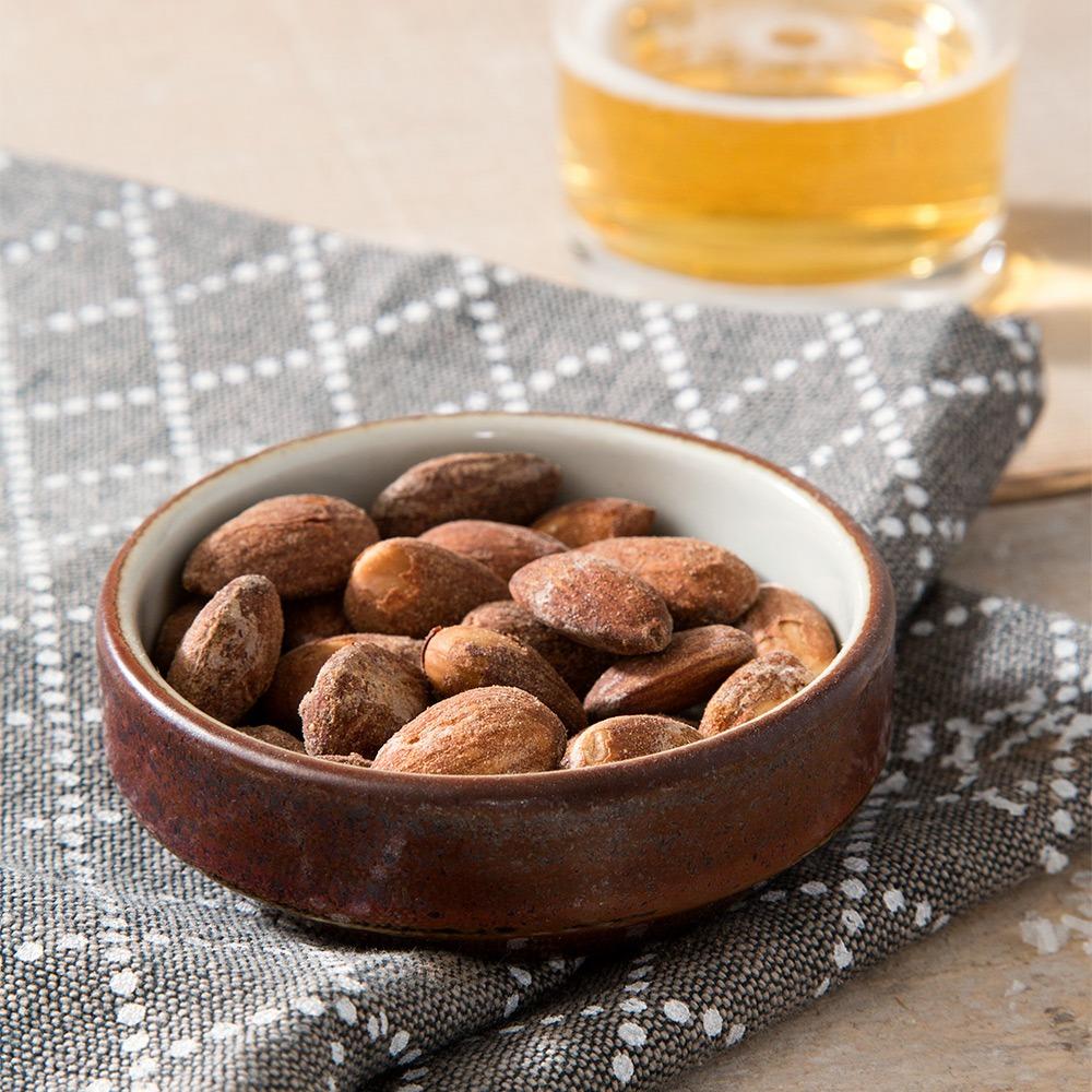 Landmads salte mandler