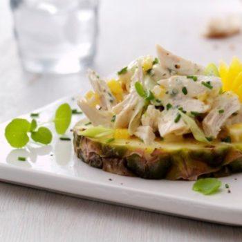 Landmads kylllingesalat på ananasring