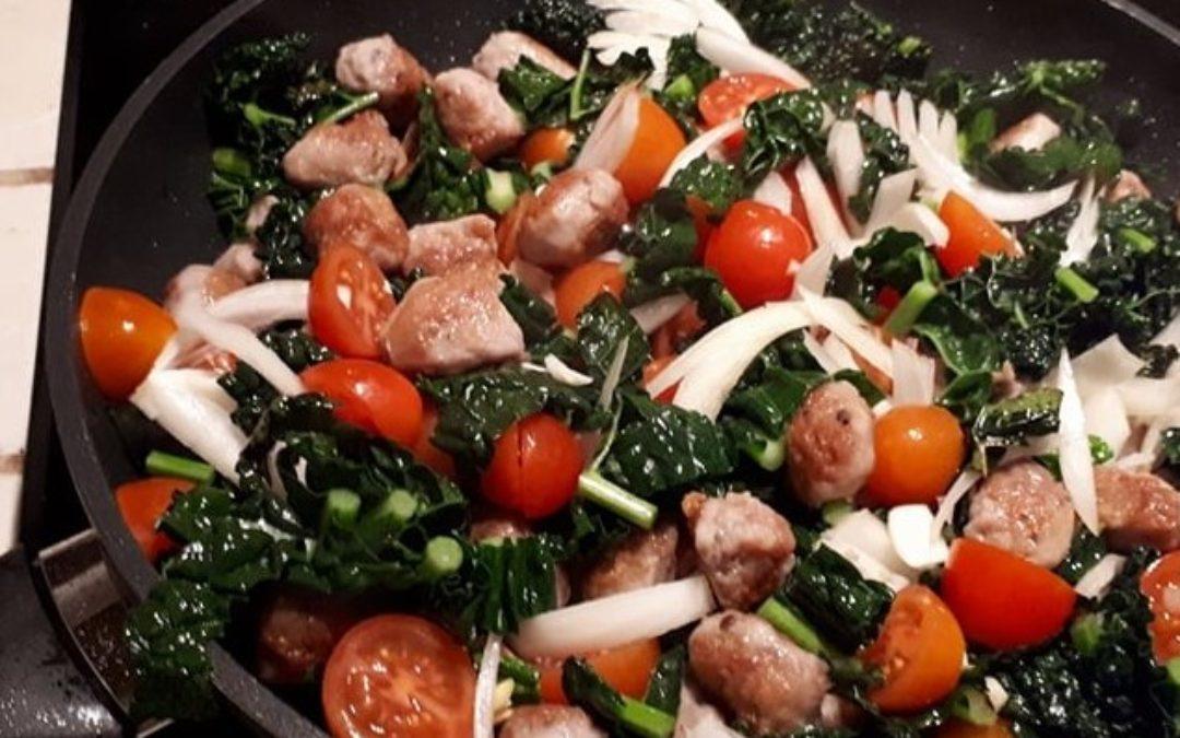 Landmads pasta, grønt med kødboller